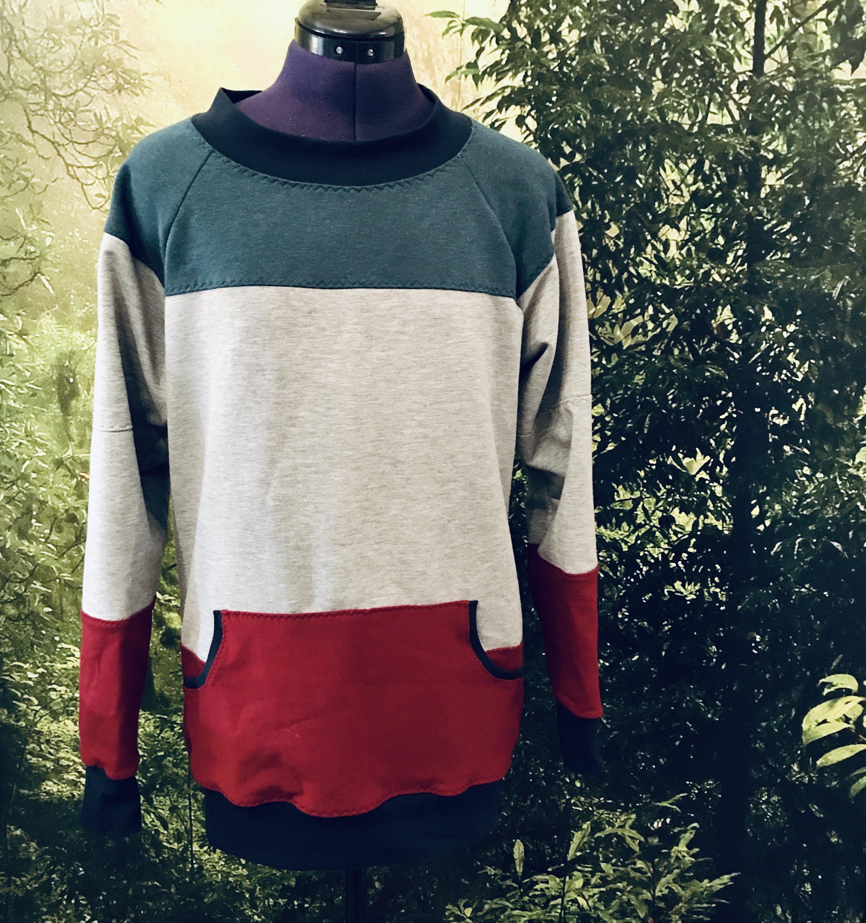 Heather Sweatshirt Pattern Hack: Colour Block